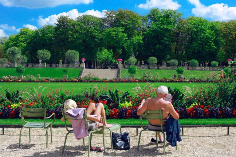 Zakładanie zieleni osiedlowej, ogrodów i parków